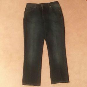 Bandolino jeans.